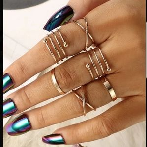 *Eleanor* Twisted Gold Rings